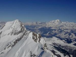 Biplace parapente au dessus du mt Blanc en Haute Savoie